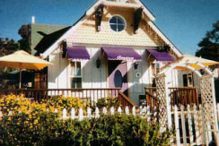 2476 Lillie Ave, Summerland